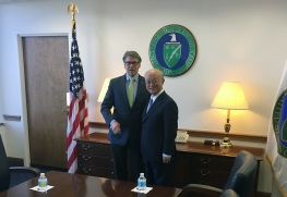 IAEA Director General Yukiya Amano met with U.S. Secretary of Energy, Rick Perry during his official visit at the Department of Energy, United States of America. 20 March 2017