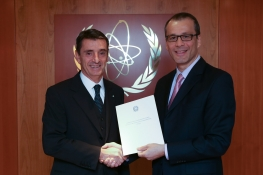 The new Resident Representative of Italy to the IAEA, HE Mr Alessandro Cortese, presented his credentials to Cornel Feruta, IAEA Acting Director General at the Agency headquarters in Vienna, Austria, on 15 November 2019