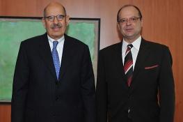 Presentation of credentials of the new Resident Representative of Bosnia and Herzegovina,H.E.  Ambassador Igor Davidovic, to IAEA Director General Mohamed ElBaradei, IAEA, Vienna, Austria, 8 January 2009.