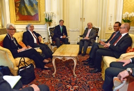 IAEA Director General Yukiya Amano met U.S. Secretary of State John Kerry today to discuss the ongoing negotiations between Iran and E3+3 countries. The meeting in Vienna was part of the IAEA's continued engagement with E3+3 and Iran to help make a Joint Comprehensive Plan of Action technically sound. Vienna, Austria, 29 June 2015