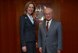 IAEA Director General Yukiya Amano meets Dr. Elizabeth Sherwood Randall, US Deputy Secretary of Energy, at the IAEA Headquarters in Vienna, Austria. 14 January 2016