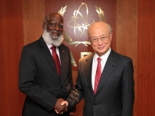 IAEA Director General Yukiya Amano met with Wilfred Peter Elrington, Minister of Foreign Affairs of Belize, at the Agency headquarters in Vienna, Austria. 2 November 2016