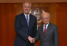 The new Resident Representative of Australia, Brendon Hammer, presented his credentials to IAEA Director General Yukiya Amano in Vienna, Austria, on 28 October 2016.