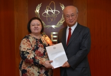 The new Resident Representative of Italy, Maria Assunta Accili Sabbatini, presented her credentials to IAEA Director General Yukiya Amano at the IAEA headquarters in Vienna, Austria on 29 November 2016.