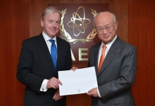 The new Resident Representative of Ireland, Thomas Hanney, presented his credentials to IAEA Director General Yukiya Amano at the IAEA headquarters in Vienna, Austria on 17 January 2017.