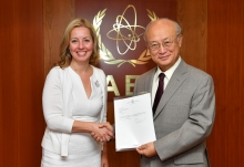 The new Resident Representative of Canada to the IAEA, Heidi Hulan, presented her credentials to IAEA Director General Yukiya Amano at the IAEA headquarters in Vienna, Austria, on 8 September 2017.