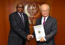 The new Resident Representative of Zimbabwe to the IAEA, Taonga Mushayavanhu, presented his credentials to IAEA Director General Yukiya Amano at the IAEA headquarters in Vienna, Austria, on 14 September 2017.