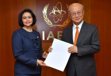The new Resident Representative of the Philippines to the IAEA, Maria Cleofe Rayos Natividad, presented her credentials to IAEA Director General Yukiya Amano at the IAEA headquarters in Vienna, Austria, on 20 February 2018.