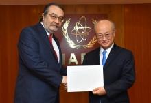<br> The new Resident Representative of Turkey to the IAEA, Ahmet Muhtar Gün, presented his credentials to IAEA Director General Yukiya Amano at the IAEA headquarters in Vienna, Austria, on 1 March 2018.  </br>  <br> Le nouveau représentant résident de la Turquie auprès de l'AIEA, Ahmet Muhtar Gün, a présenté ses lettres de créance au Directeur général de l'AIEA Yukiya Amano au siège de l'AIEA, à Vienne (Autriche), le 1er mars 2018.  <br>