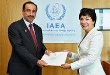 <br> The new Resident Representative of Oman to the IAEA, HE Mr Yousef Ahmed Hamed Al Jabri, presented his credentials to Mary Alice Hayward, IAEA Acting Director General, and Head of the Department of Management at the IAEA headquarters in Vienna, Austria, on 10 September 2018. </br> <br> في 10 أيلول/سبتمبر 2018، قدم الممثل المقيم الجديد لعُمان لدى الوكالة الدولية للطاقة الذرية، سعادة يوسف بن أحمد بن حمد الجابري، أوراق اعتماده للسيدة ماري أليس هايوارد، المدير العام بالإنابة للوكالة ونائبة المدير العام للشؤون الإدارية في مقر الوكالة الرئيسي في فيينا، النمسا <br />