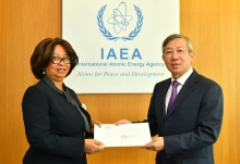 The new Resident Representative of Angola to the IAEA, HE Ms Teodolinda Rosa Rodrigues Coelho, presented her credentials to Dazhu Yang (right), IAEA Acting Director General, and Head of the Department of Technical Cooperation at the IAEA headquarters in Vienna, Austria, on 4 October 2018.