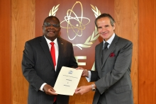 The new Resident Representative of Kenya to the IAEA, HE Mr. Robinson Njeru Githae, presented his credentials to IAEA Director General Rafael Mariano Grossi at the Agency headquarters in Vienna, Austria, on 9 June 2020.