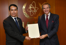 The new Resident Representative of Myanmar to the IAEA, HE Mr. Min Thein, presented his credentials to IAEA Director General Rafael Mariano Grossi, at the Agency headquarters in Vienna, Austria. 16 December 2020