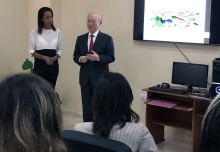 IAEA Director General Yukiya Amano delivered a short remark during his official visit to the Center of Medical-Surgical Research (CIMEQ) in  Havana, Cuba, 17 May 2019.