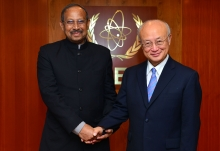 IAEA Director General Yukiya Amano met with Yeafesh Osman, Minister for Science and Technology of Bangladesh, at the IAEA headquarters in Vienna, Austria on 31 August 2016.