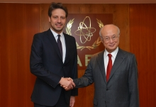 IAEA Director General Yukiya Amano met with Guillaume Long, Minister of Foreign Affairs and Human Mobility of Ecuador, at the IAEA headquarters in Vienna, Austria on 29 November 2016