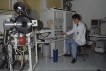 A Japanese expert mass spectrometrist measures the isotopic composition and elemental concentration of uranium in safeguards samples. 1993-1997. Please credit IAEA