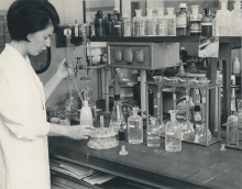 Two samples of milk ash are analysed for the radioactive isotope strontium 90 by Annedore Meeves. Precipitation of iron hydroxide as scavenger for certain radioisotopes interfering with the strontium analysis. February 1962. Please credit IAEA
