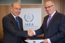 The new Resident Representative of Peru to the IAEA, Eric Anderson Machado, presented his credentials to Aldo Malavasi, IAEA Acting Director General, and Head of the Department of Nuclear Sciences and Applications at the IAEA headquarters in Vienna, Austria, on 6 September 2018.
