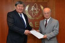 Presentation of credentials by the new Resident Representative of Kyrgyzstan, Mr Ermek Ibraimov, to IAEA Director General Yukiya Amano. IAEA, Vienna, Austria, 27 June 2014.