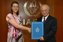 Presentation of credentials by the new Resident Representative of San Marino, Ms Elena Molaroni, to IAEA Director General Yukiya Amano. IAEA, Vienna, Austria, 21 August 2014.