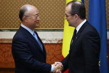 IAEA Director General Yukiya Amano met the Romanian Prime Minister, Emil Boc, at the Victoria Palace, Bucharest, Romania, 18 May 2010. (Photo: Office of the Minister of Romania)