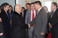 During his official visit to Mongolia, IAEA Director General Yukiya Amano met Mr. Sodnom Enkhbat, Director General of the Mongolian Nuclear Energy Agency, to discuss the role of nuclear energy in Mongolia's energy planning. 2 November 2010