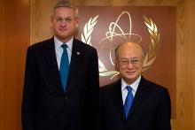H.E. Mr. Carl Bildt, Minister for Foreign Affairs of Sweden, met IAEA Director General Yukiya Amano at the Agency Headquarters in Vienna, Austria, 17 February 2012.
