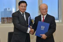 Signing of Laos' Additional Protocol by HE Mr Thongloun Sisoulith, Deputy Prime Minister and Minister of Foreign Affairs and IAEA Director General Yukiya Amano at the Agency headquarters in Vienna, Austria. 5 November 2014