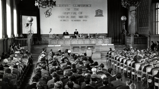 Organized jointly with UNESCO, and the co-operation of FAO, an IAEA Scientific Conference on the Disposal of Radioactive Waste at Sea convened Member States and experts at the Oceanographic Museum of Monaco in November 1959. This was the first time this important topic was discussed and would ultimately lead to the foundation of its first International Laboratory of Marine Radioactivity in 1961. The opening of the IAEA's marine laboratories in Monaco that same year marked the start of a new era for marine environmental research. <br /><br /> <em>(Photo: IAEA)</em>