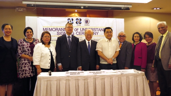 IAEA Director General Yukiya Amano was the guest of honour at the signing ceremony of the Memorandum of Understanding between the Department of Education and Department of Science and Technology on 8 February in Manila