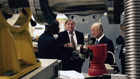 IAEA Director General Amano visits the Ithemba Laboratory for Accelerator-Based Sciences at Wits University, Southf Africa