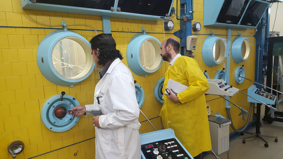 An IAEA evaluator observes operations at the radionuclide production plant at the Lo Aguirre nuclear centre in Santiago, Chile